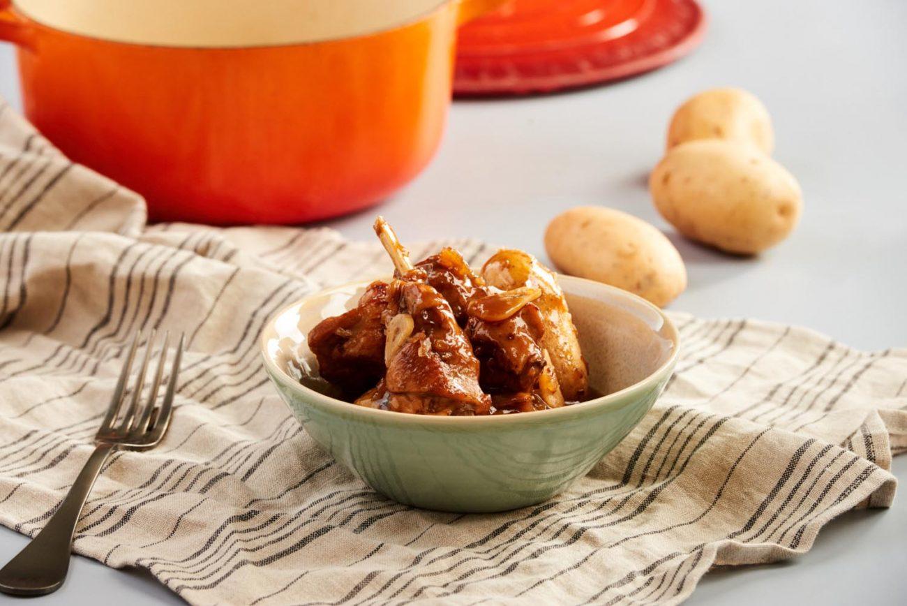 Estofado de Conejo y patatas nuevas